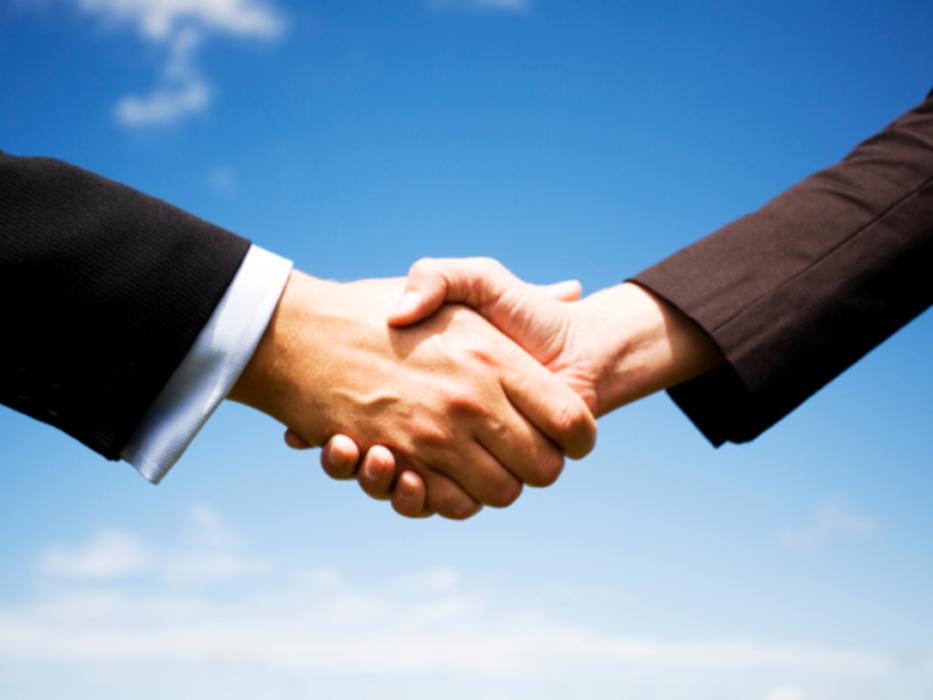 Программу продажи и клиенты
